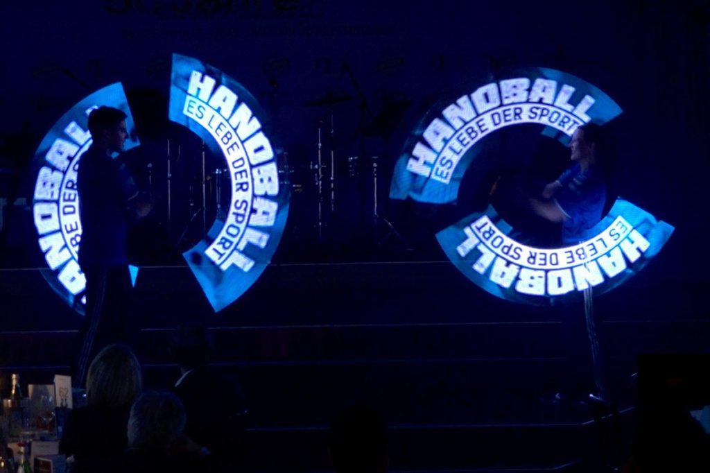 LED-Leuchtshow zur Gala-Feier »50 Jahre Handball-Bundesliga« im Palazzo Berlin