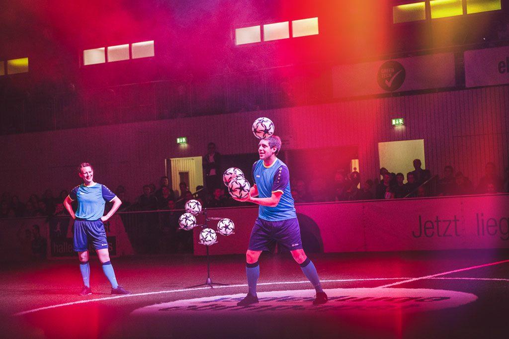 Fußballshow beim 16. ebm-papst Hallenmasters 2018 in Mulfingen