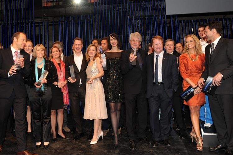 Finale mit allen Preisträgern und Künstlern (Die Fußballartisten, Footwork Orange, Bella Berlin) des Abends